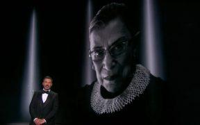 Ruth Bader Ginsburg, jueza de la Corte Suprema de EU, homenajeada en los Emmys