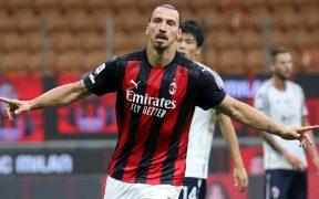 Ibrahimovic arrancó con un doblete para el primer triunfo del Milan en la temporada. (Foto: EFE)