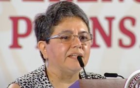 SAT denuncia ante FGR a 70 funcionarios por corrupción