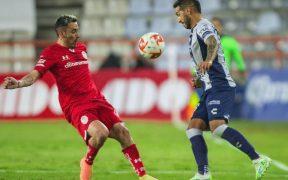 Pachuca y Toluca tuvieron pocas ocasiones de gol y empataron 0-0. (Foto: Mexsport)