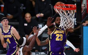 LeBron James lideró el triunfo sobre Nuggets y envió a Lakers de vuelta a la final de la NBA. (Foto: Reuters)