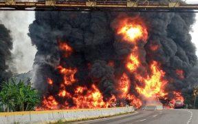 Explosión de pipa en Tabasco deja cuatro muertos