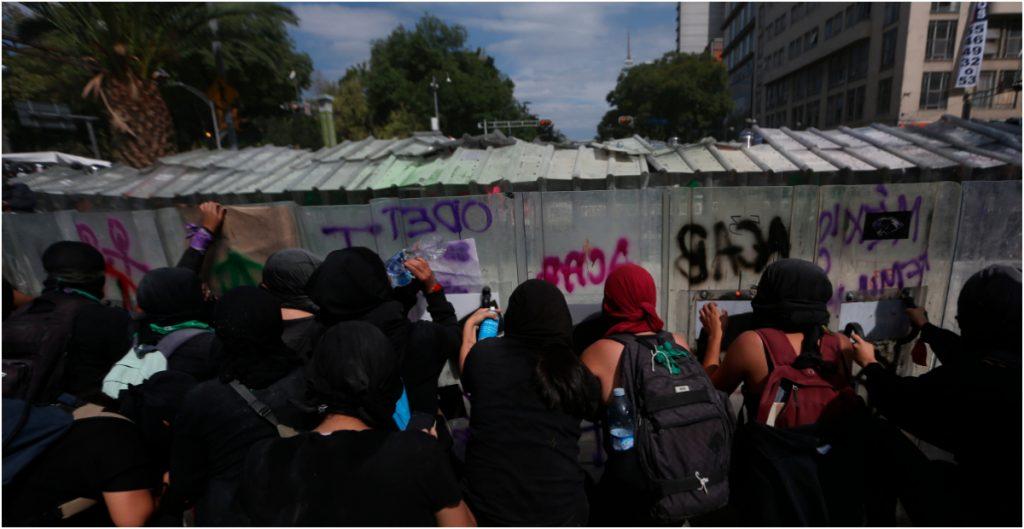 Suárez del Real asegura que no encapsularon a manifestantes; Amnistía Internacional lo contradice
