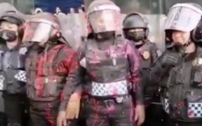 Sheinbaum critica a manifestantes y exhibe video de insultos a policías