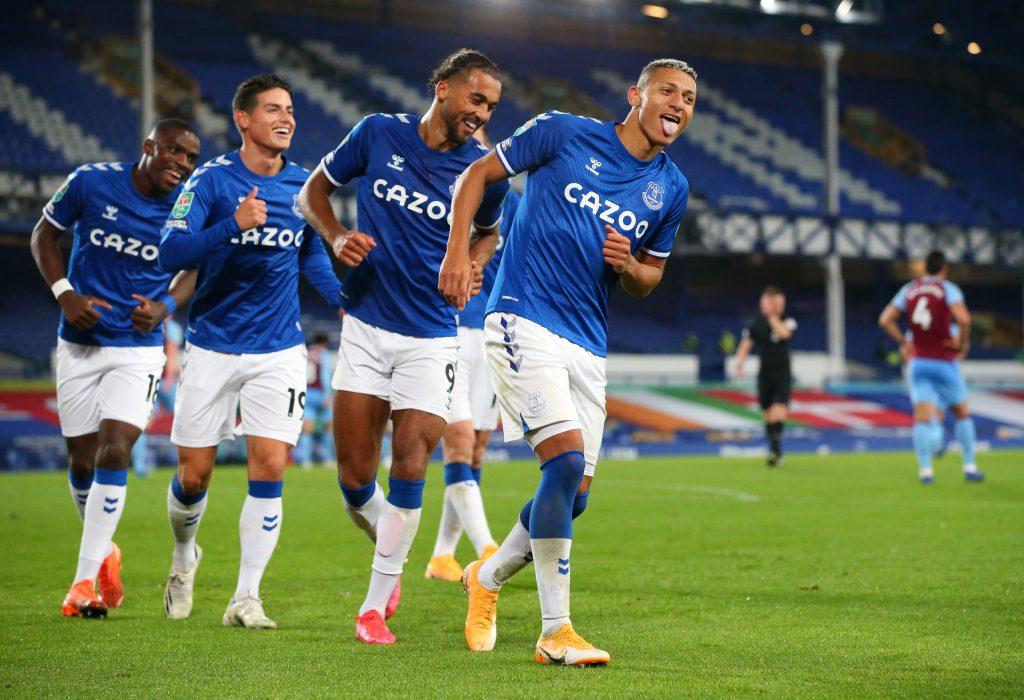 El Everton venció 4-1 al West Ham y avanzó a cuartos de final de la Copa de la Liga inglesa. (Foto: Reuters)