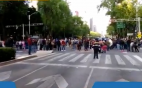 CNTE busca ingresar al Zócalo; elementos de la SSC les bloquean el paso
