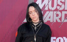 Billie Eilish estrena el video de 'No Time To Die'