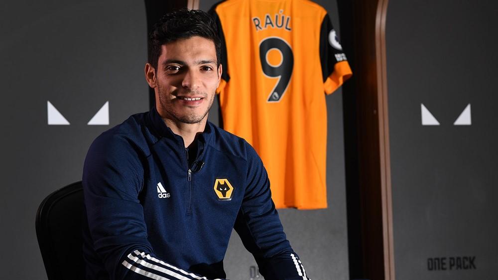 Raúl Jiménez seguirá con el Wolverhampton hasta 2024. (Foto: Wolverhampton)