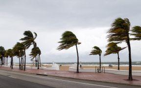 'Gamma' toca tierra en Quintana Roo; Protección Civil emite alerta roja
