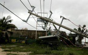 La CFE restablece en 92% la electricidad en Yucatán y Quintana Roo tras paso de 'Delta'