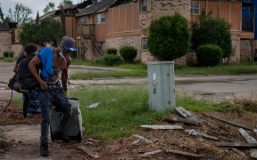 Habitantes de Louisiana abandonan sus casas ante amenaza de 'Delta'