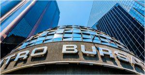 BMV cierra la semana con una caída del 1.61%; el dólar bajó a 21.16 pesos