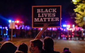 Policía de Wisconsin arresta a 28 personas en la tercera noche de protestas