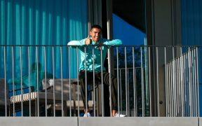 Cristiano Ronaldo seguirá su confinamiento en Italia, tras dar positivo a COVID-19 en Portugal.