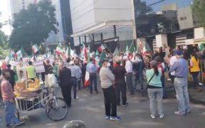 FRENAAA protesta frente al Senado contra desaparición de fideicomisos