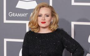 Adele presentará 'Saturday Night Live' entre rumores de un nuevo disco