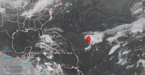 Depresión se convierte en la tormenta tropical Epsilon al sureste de Bermudas