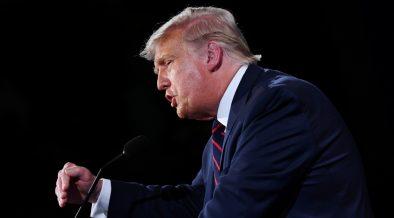 Tras caótico primer debate entre Trump y Biden, comisión adopta regla de apagar micrófonos