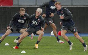El AZ Alkmaar recibió autorización de la UEFA para viajar a Nápoles.