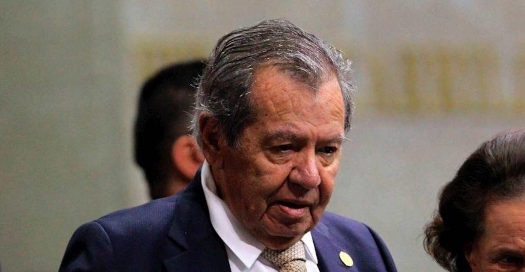 Por segunda vez, el INE ordena a Muñoz Ledo retirar publicidad de su aspiración a la presidencia de Morena; le da tres horas