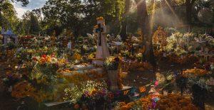 Estos son los estados que cerrarán los panteones por la celebración de Día de Muertos