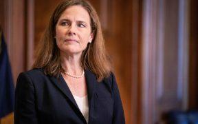 Senado de EU confirma a Amy Coney Barrett como jueza de la Corte Suprema