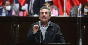 """Diputados del PRD apuestan por controversia ante la Corte para """"salvar"""" fideicomisos"""