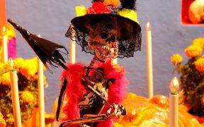 ¿Quieres celebrar un Día de Muertos seguro? Sigue estos consejos