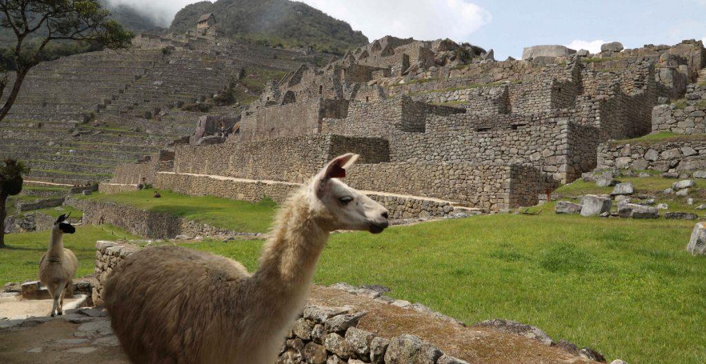 Machu Picchu reabre al turismo tras 7 meses cerrado por la pandemia