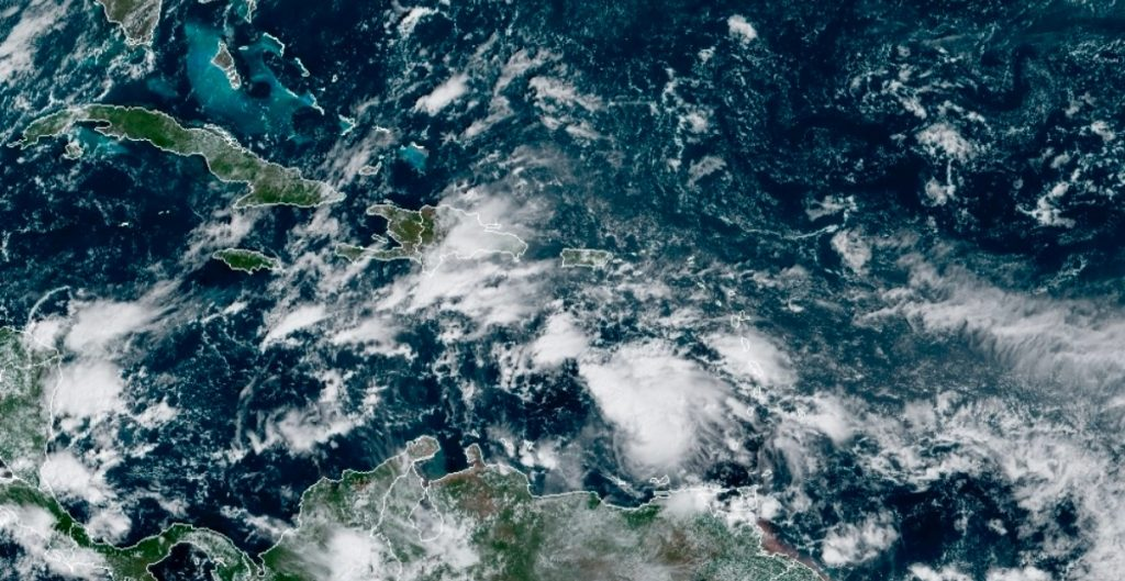 'Eta' se fortalece a huracán 2