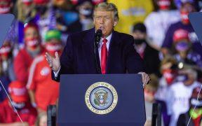 A un día de las elecciones, Trump lanza su plan para hispanoamericanos en español