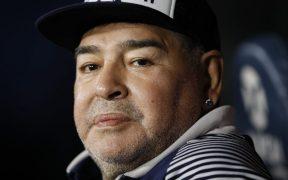 Maradona será operado de emergencia por un coágulo en el cerebro.