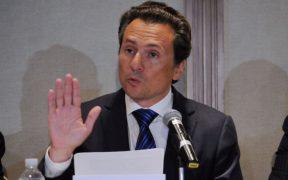 Esposa de Emilio Lozoya se ampara contra cualquier orden de aprehensión