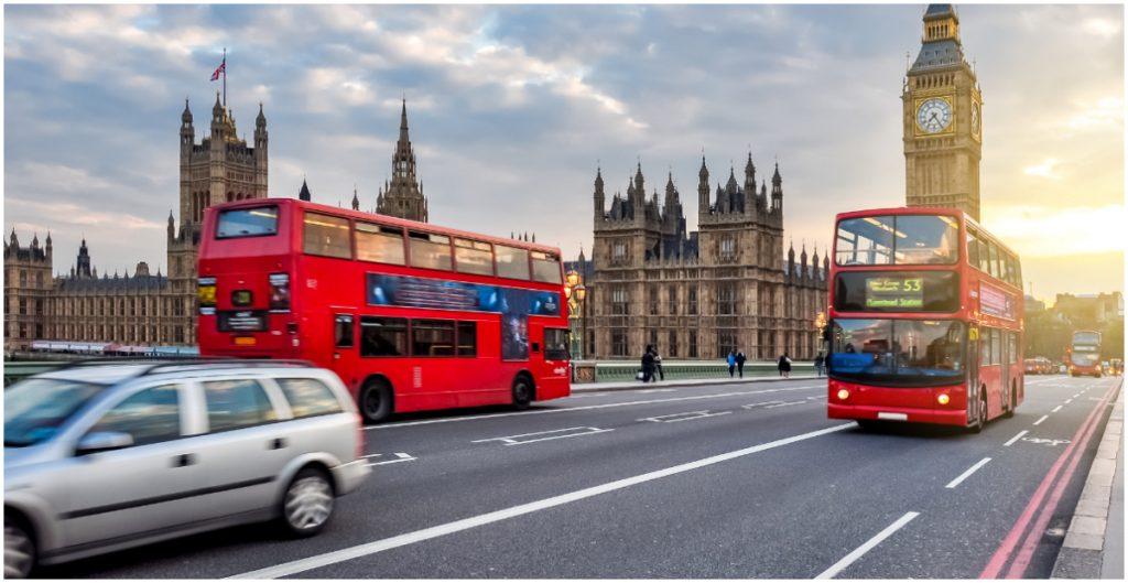 El Parlamento británico aprueba confinar Inglaterra desde esta medianoche