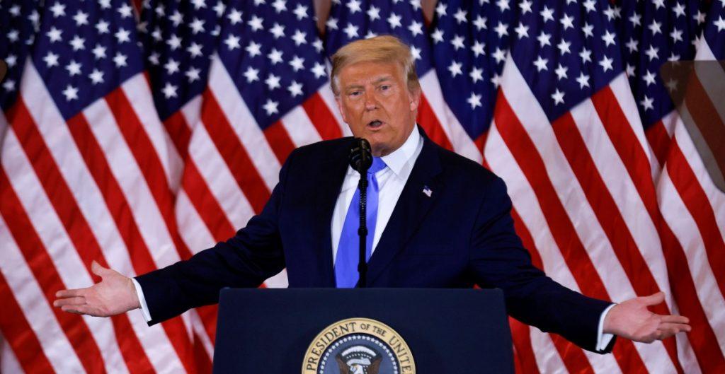 """Trump """"reclama"""" Pennsylvania, Georgia y Carolina del Norte; Twitter advierte que aún no están los resultados"""