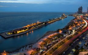 Las calles de Jeddah, en Arabia Saudí, albergarán el Gran Premio de Fórmula Uno el próximo año.
