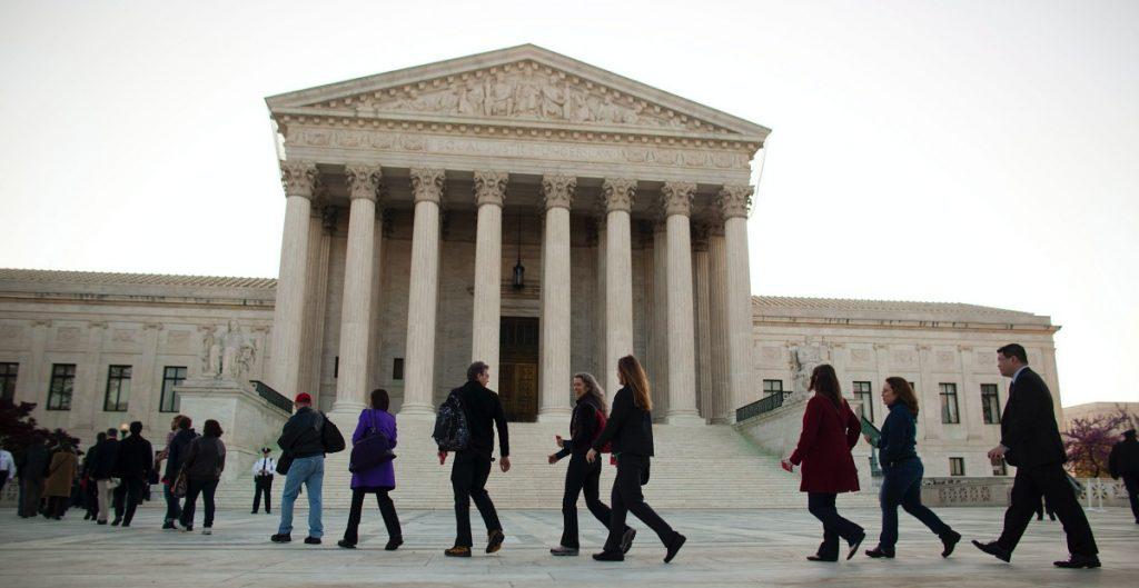 Corte Suprema de EU ordena a Pennsylvania separar los votos tardíos