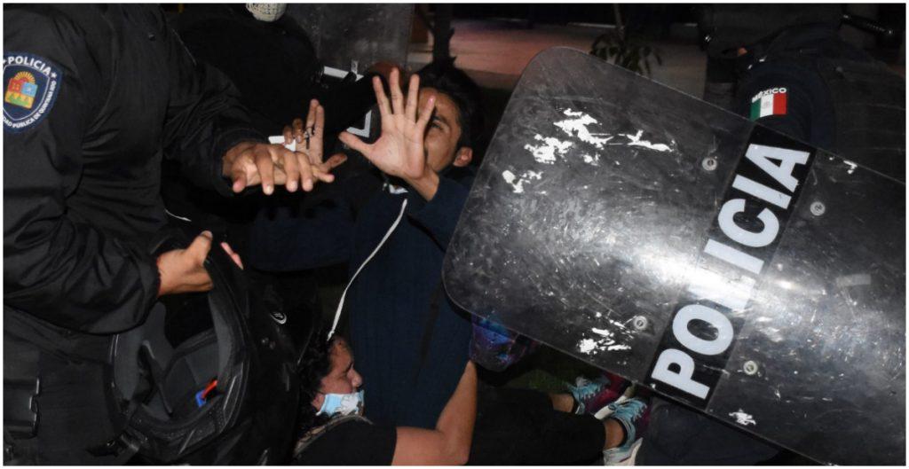 Gobernador de Quintana Roo debe aclarar lo que sucedió en manifestación de Cancún: AMLO