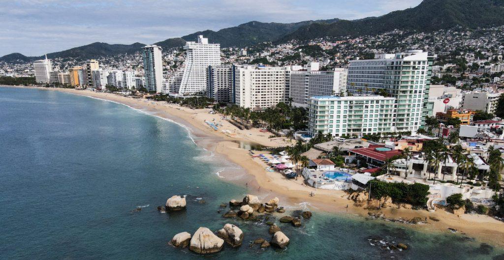 Cae 39.7% interanual el turismo internacional en México en septiembre