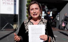 Xóchitl Gálvez presenta denuncia ante la SFP por presunto daño al erario por parte de la CFE