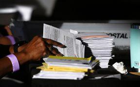 Con Biden adelante, Georgia inicia el recuento manual de votos