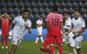 Jiménez fue el único del tridente ofensivo de México que marcó ante Corea del Sur.