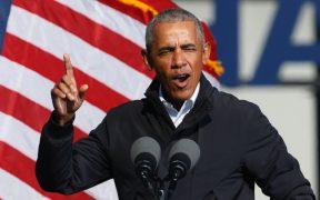 """Obama descarta un posible cargo en el gobierno de Biden; """"Michelle me dejaría"""", bromea"""
