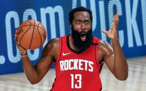 James Harden rechazó una oferta de extensión de contrato con los Rockets y buscaría un canje con los Nets.