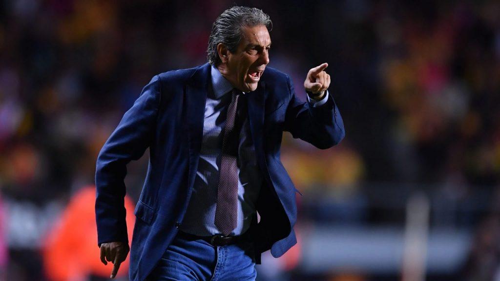 """Tomás Boy aseguró que Chivas """"sigue igual"""" pese a invertir 35 millones de dólares tras su salida."""