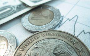 Peso cierra en 20.13 unidades por dólar y logra su mejor cotización desde marzo