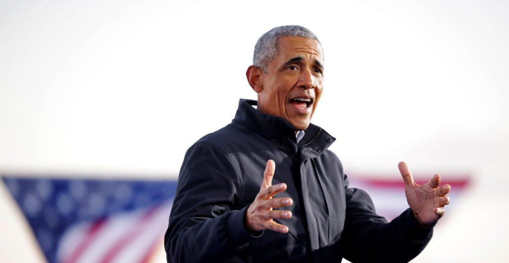"""Obama dice que los republicanos continúan firmes con Trump porque los """"intimida"""""""