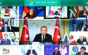 Líderes del G20 se comprometen a suspender deuda de países con menos desarrollo hasta 2021