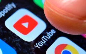 YouTube veta al medio derechista One America News por información falsa sobre la Covid-19