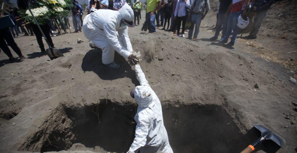 Covid se proyecta como principal causa de muerte en México para 2021